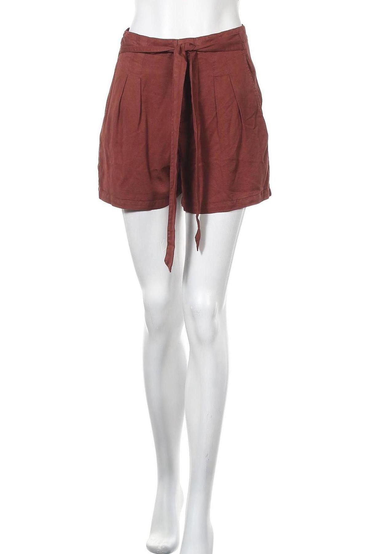Γυναικείο κοντό παντελόνι Vero Moda, Μέγεθος S, Χρώμα Κόκκινο, Τενσελ, Τιμή 14,65€