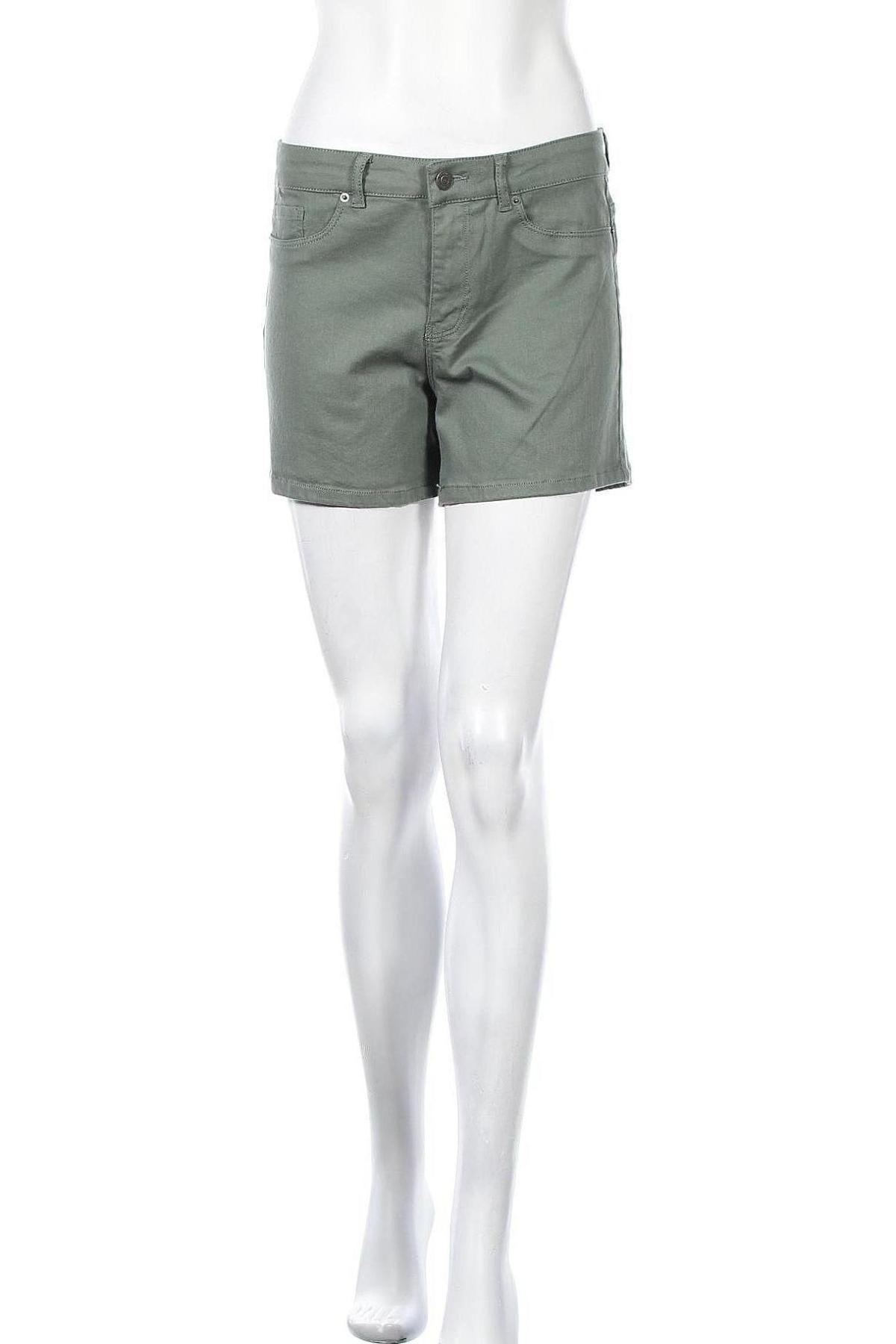Γυναικείο κοντό παντελόνι Vero Moda, Μέγεθος M, Χρώμα Πράσινο, Τιμή 15,54€