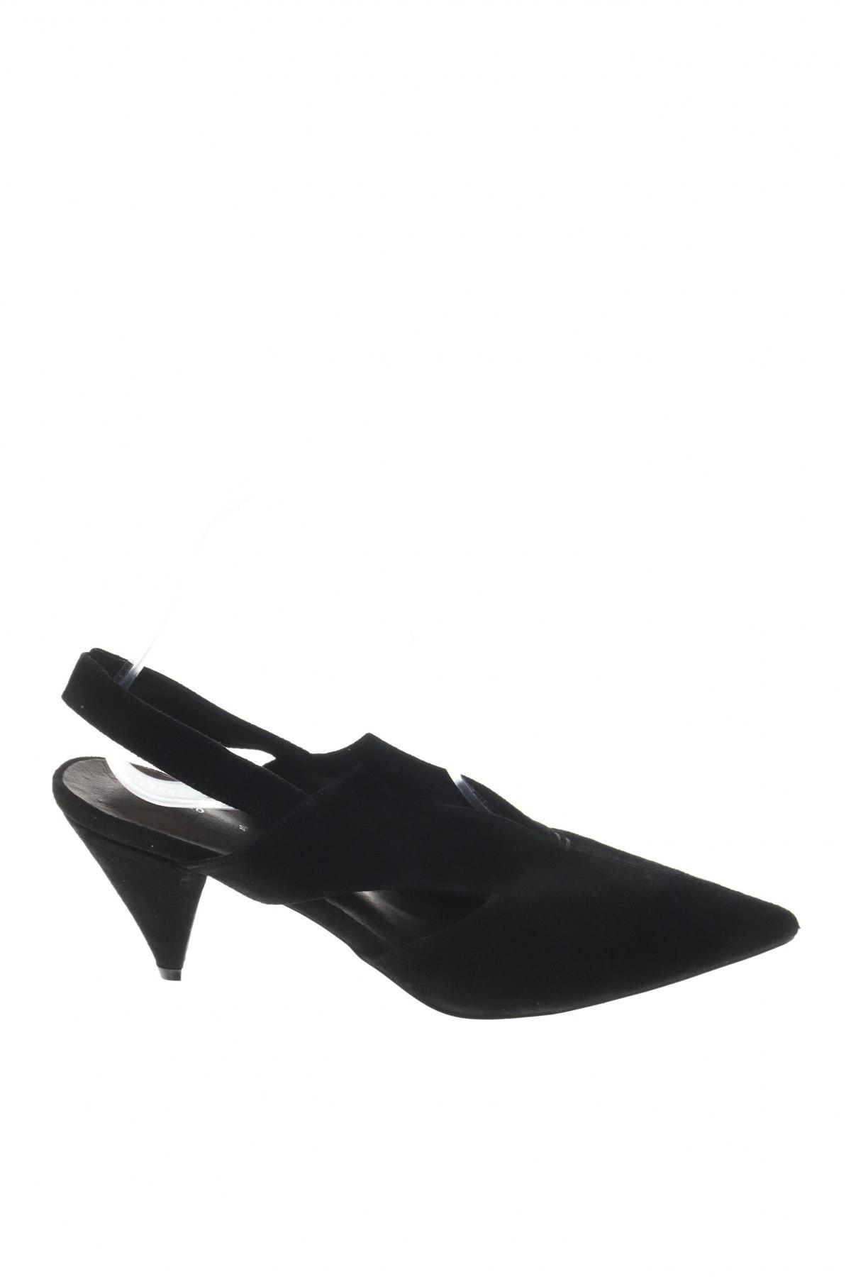 Γυναικεία παπούτσια Reserved, Μέγεθος 40, Χρώμα Μαύρο, Φυσικό σουέτ, Τιμή 15,31€
