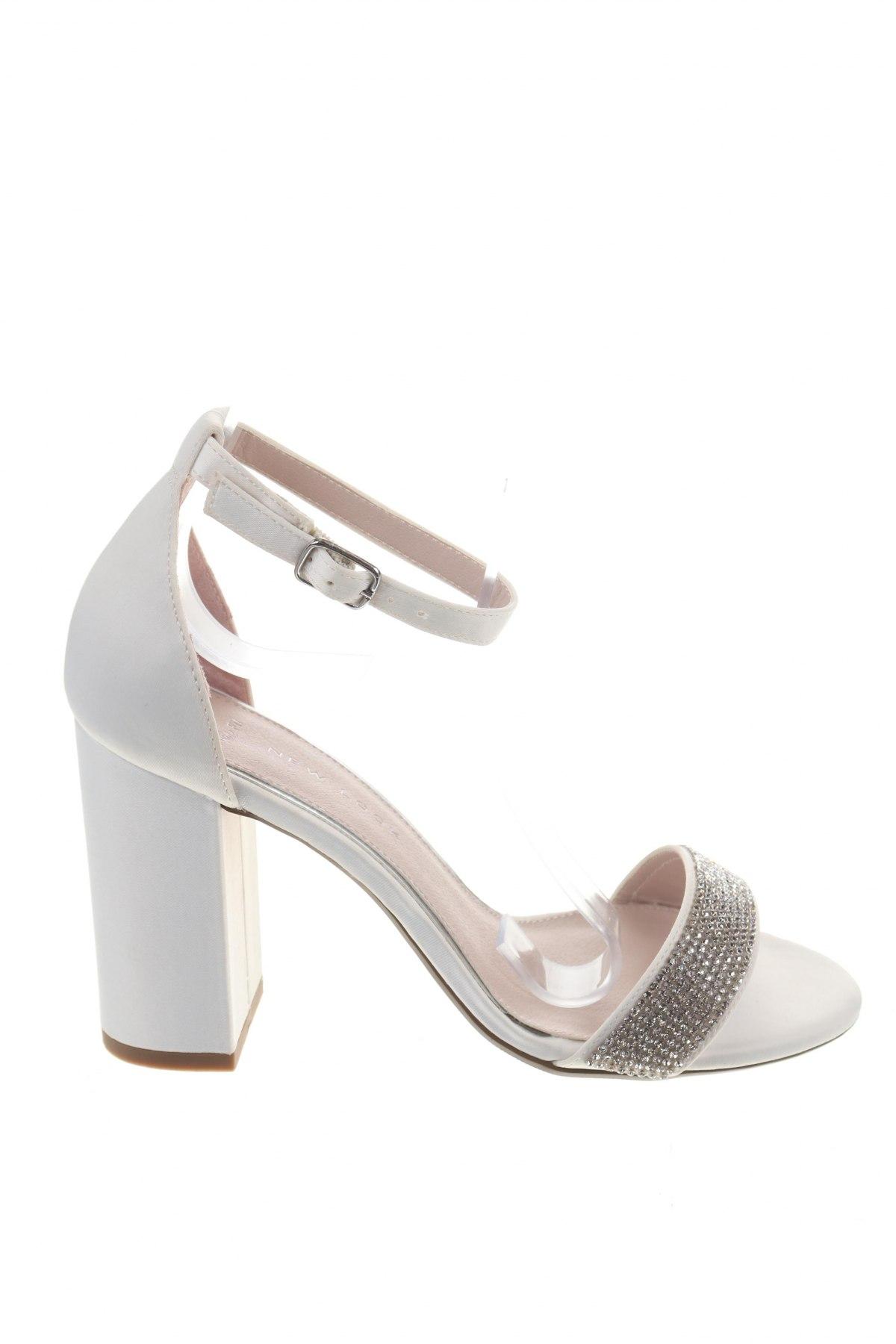 Σανδάλια New Look, Μέγεθος 36, Χρώμα Λευκό, Κλωστοϋφαντουργικά προϊόντα, Τιμή 14,65€