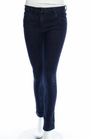 Pantaloni scurți de femei Oviesse