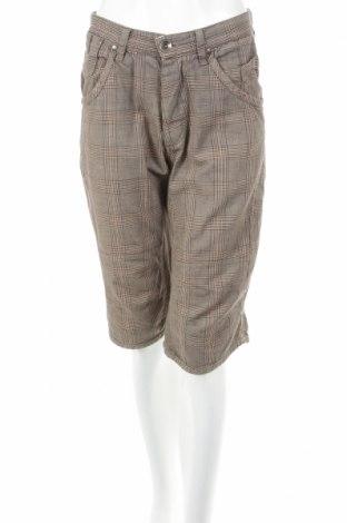 Pantaloni scurți de femei Solid
