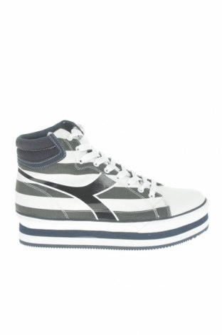 Női cipők Diadora