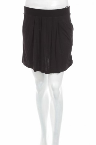 Пола Vero Moda, Размер M, Цвят Черен, 100% вискоза, Цена 6,00лв.