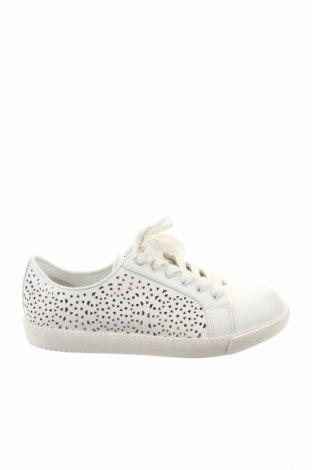 Дамски обувки North Star