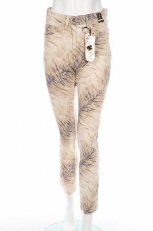 Дамски панталон Cappopera, Размер S, Цвят Кафяв, 98% памук, 2% еластан, Цена 27,63лв.