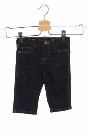 Детски дънки Wrangler, Размер 3-6m/ 62-68 см, Цвят Син, 62% памук, 37% вискоза, 1% еластан, Цена 9,00лв.
