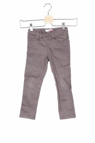 Детски панталон Name It, Размер 2-3y/ 98-104 см, Цвят Сив, 98% памук, 2% еластан, Цена 5,25лв.