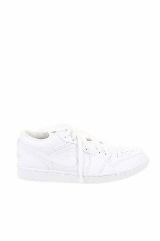 Мъжки обувки Air Jordan Nike