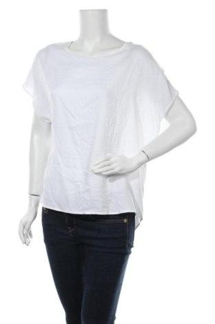 Дамска блуза Primark, Размер L, Цвят Бял, Вискоза, Цена 4,73лв.