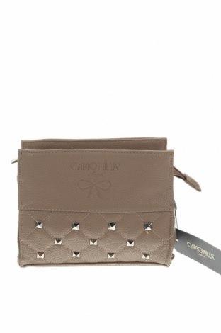 Дамска чанта Camomilla, Цвят Бежов, Еко кожа, Цена 34,30лв.