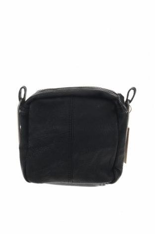 Дамска чанта Pieces, Цвят Черен, Еко кожа, Цена 35,91лв.