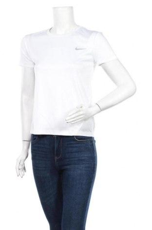 Дамска тениска Nike, Размер XS, Цвят Бял, Цена 48,00лв.