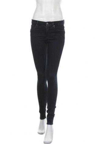 Дамски дънки H&M L.O.G.G., Размер S, Цвят Син, 98% памук, 2% еластан, Цена 24,10лв.