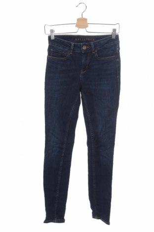 Дамски дънки Hallhuber, Размер XS, Цвят Син, 93% памук, 5% полиестер, 2% еластан, Цена 35,44лв.