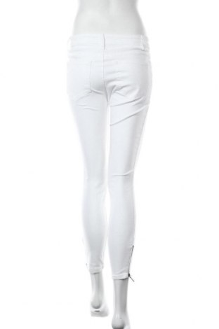 Дамски дънки Tom Tailor, Размер XS, Цвят Бял, 98% памук, 2% еластан, Цена 26,70лв.