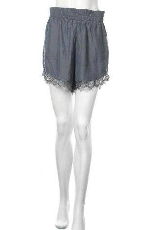 Γυναικείο κοντό παντελόνι Bik Bok, Μέγεθος M, Χρώμα Πράσινο, Πολυεστέρας, Τιμή 6,59€