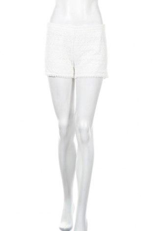 Γυναικείο κοντό παντελόνι Colloseum, Μέγεθος M, Χρώμα Λευκό, Πολυεστέρας, Τιμή 3,86€