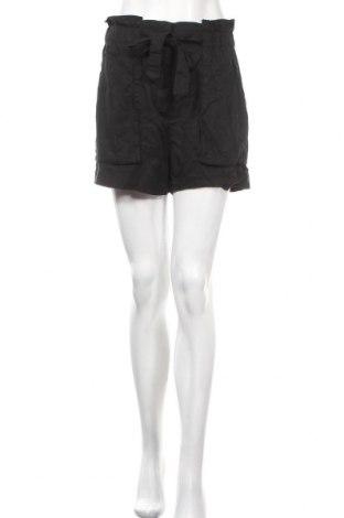 Γυναικείο κοντό παντελόνι H&M, Μέγεθος M, Χρώμα Μαύρο, Lyocell, Τιμή 7,27€