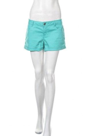 Γυναικείο κοντό παντελόνι Laura Torelli, Μέγεθος M, Χρώμα Πράσινο, 98% βαμβάκι, 2% ελαστάνη, Τιμή 5,46€