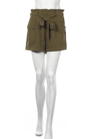 Γυναικείο κοντό παντελόνι Pimkie, Μέγεθος M, Χρώμα Πράσινο, 91% πολυεστέρας, 9% ελαστάνη, Τιμή 10,52€