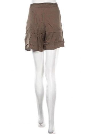 Γυναικείο κοντό παντελόνι Smash, Μέγεθος L, Χρώμα Πράσινο, Βισκόζη, Τιμή 11,47€