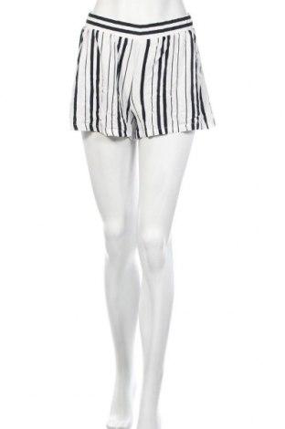 Γυναικείο κοντό παντελόνι Vila, Μέγεθος S, Χρώμα Λευκό, Βισκόζη, Τιμή 8,77€