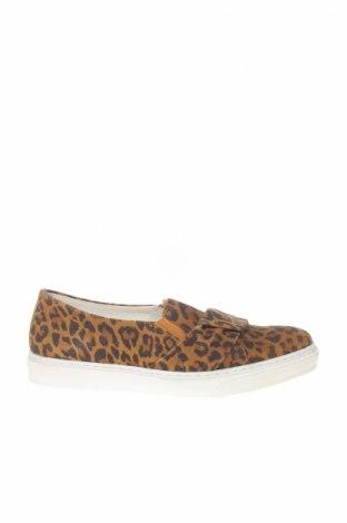 Дамски обувки Kiomi, Размер 38, Цвят Кафяв, Естествен велур, Цена 49,98лв.