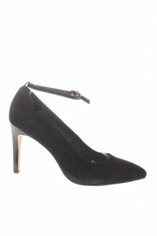 Дамски обувки Kiomi, Размер 41, Цвят Черен, Естествен велур, Цена 54,50лв.
