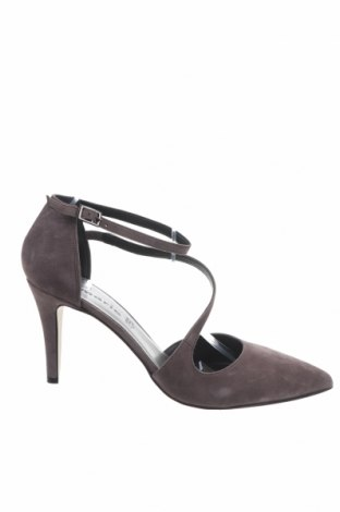Дамски обувки Tamaris, Размер 41, Цвят Сив, Естествен велур, Цена 64,50лв.