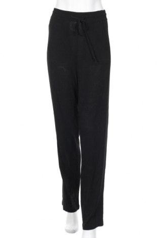 Дамски панталон Annette Gortz, Размер M, Цвят Черен, 96% вискоза, 4% полиестер, Цена 11,55лв.
