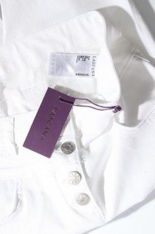 Дамски панталон Lascana, Размер M, Цвят Бял, 66% памук, 31% полиестер, 3% еластан, Цена 25,53лв.