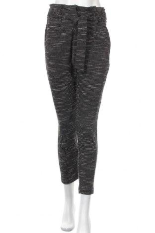 Дамски панталон Vero Moda, Размер XS, Цвят Черен, 82% полиестер, 15% памук, 3% еластан, Цена 22,08лв.