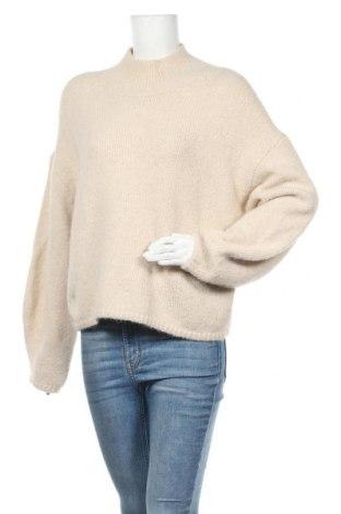 Дамски пуловер Weekday, Размер S, Цвят Бежов, 40% акрил, 25% вълна, 25% полиамид, 10% други материали, 2% еластан, Цена 43,50лв.