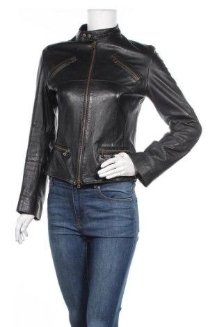 Дамско кожено яке, Размер S, Цвят Черен, Естествена кожа, Цена 60,54лв.