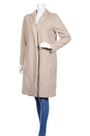 Дамско палто Zara, Размер L, Цвят Бежов, 100% полиестер, Цена 81,75лв.