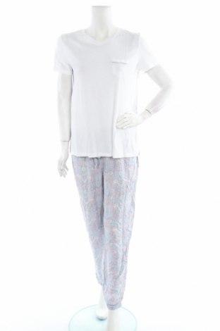 Пижама Oysho, Размер M, Цвят Бял, Вискоза, Цена 40,50лв.