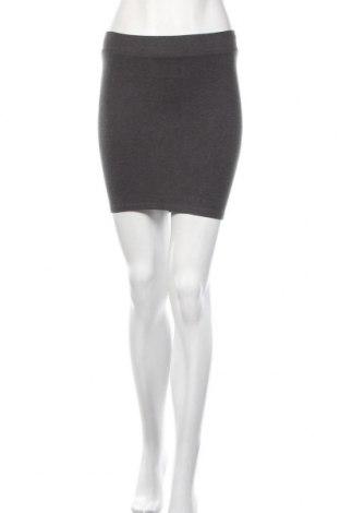 Пола H&M, Размер XS, Цвят Сив, 53% памук, 39% полиестер, 8% еластан, Цена 4,41лв.