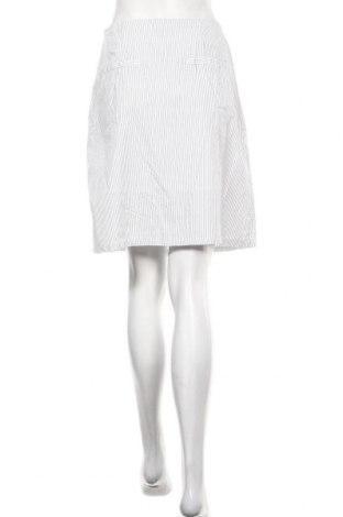 Пола Urban Revivo, Размер M, Цвят Бял, Цена 5,78лв.