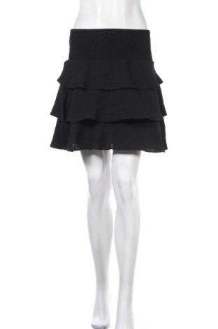Пола Vero Moda, Размер S, Цвят Черен, 97% полиестер, 3% еластан, Цена 16,96лв.