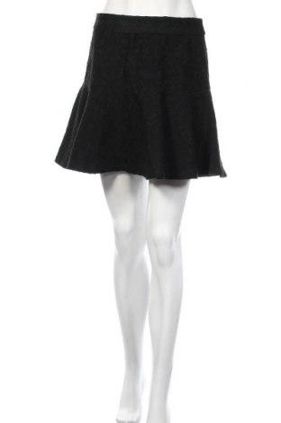 Пола Zara, Размер M, Цвят Черен, Цена 21,42лв.