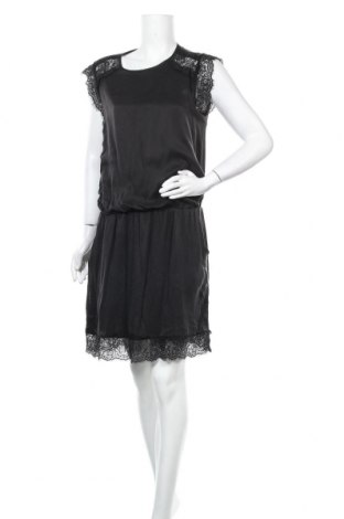Рокля Gestuz, Размер S, Цвят Черен, 100% коприна, Цена 36,54лв.