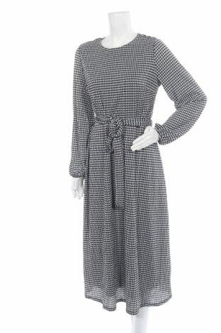 Φόρεμα ONLY, Μέγεθος L, Χρώμα Λευκό, 99% πολυεστέρας, 1% ελαστάνη, Τιμή 22,43€