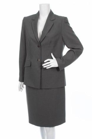 Дамски костюм George