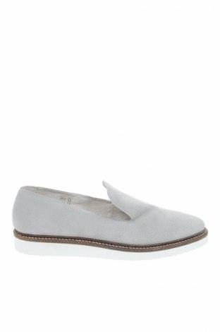 Дамски обувки About You