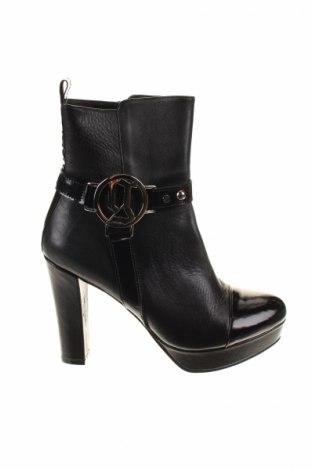 Γυναικεία μποτάκια Galliano, Μέγεθος 40, Χρώμα Μαύρο, Γνήσιο δέρμα, Τιμή 275,88€