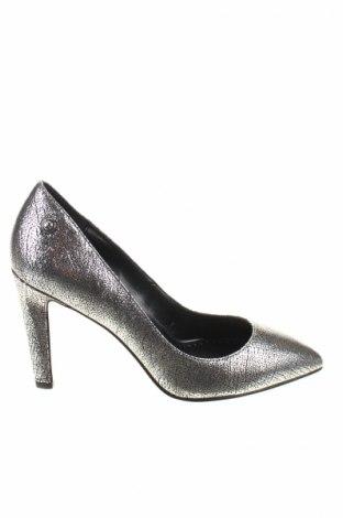 Дамски обувки Diesel, Размер 39, Цвят Сребрист, Естествена кожа, Цена 132,65лв.