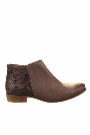 Dámske topánky  Kickers, Veľkosť 41, Farba Béžová, Pravá koža , Cena  18,40€