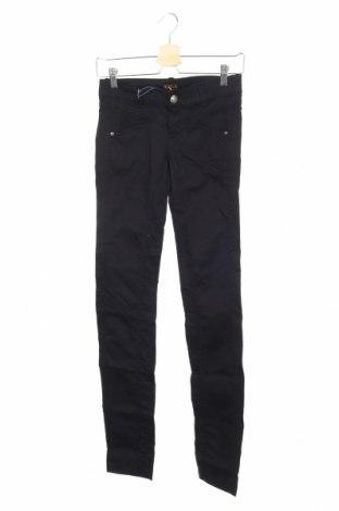 Дамски панталон Killah, Размер XS, Цвят Черен, 97% памук, 3% еластан, Цена 18,72лв.