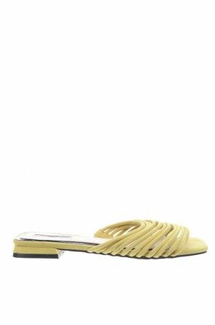 Чехли Miss Selfridge, Размер 41, Цвят Жълт, Текстил, Цена 30,38лв.
